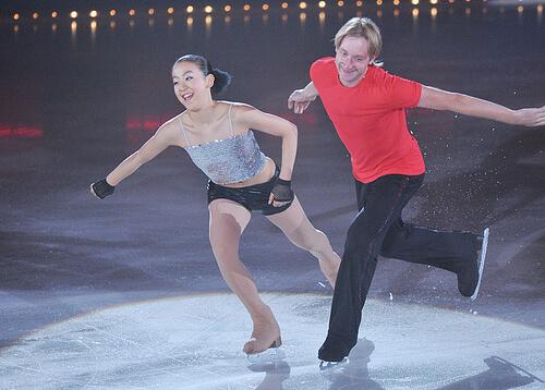 この画像は、サイトの記事「スケート ジャンプ おすすめ YouTube視聴無料動画 まとめてご紹介!」のイメージ写真画像として利用しています。
