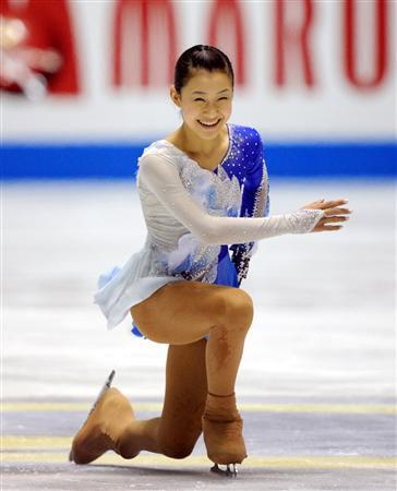 この画像は、サイトの記事「村上佳菜子 フィギュアスケート 四大陸選手権 2016 おすすめ YouTube視聴無料動画 まとめてご紹介!」のイメージ写真画像として利用しています。